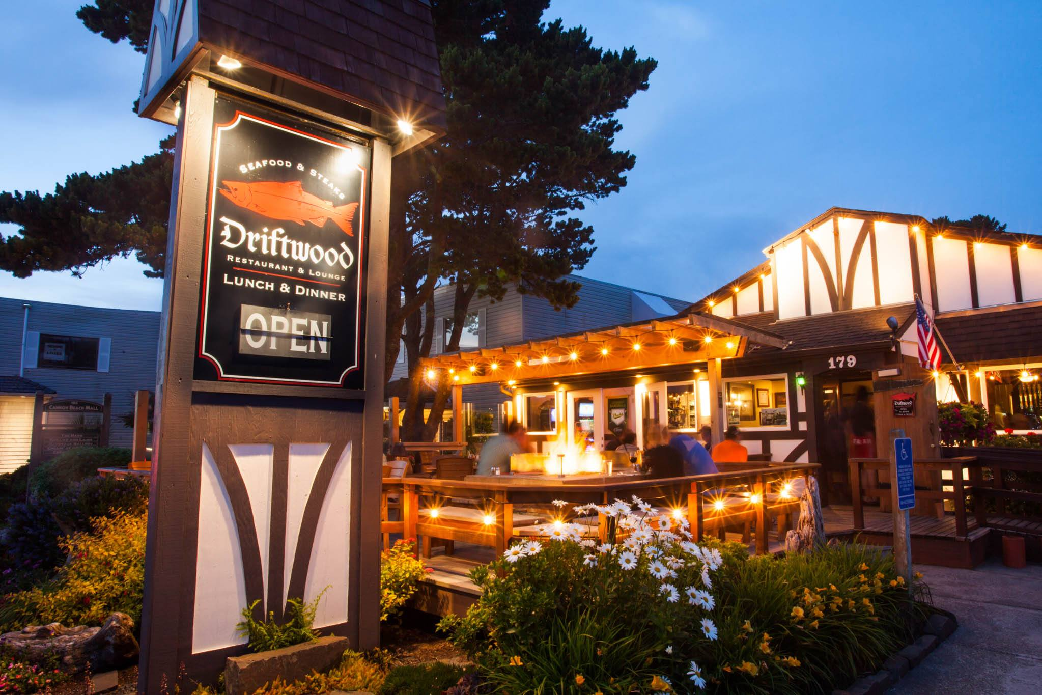 Driftwood restaurant at night